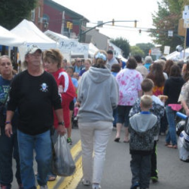 e Crowd of people walking on the street in Downtown Selinsgrove, PA event