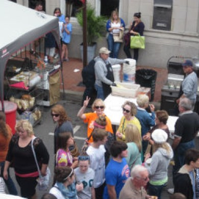 Downtown Selinsgrove, PA crowd event food peace sign